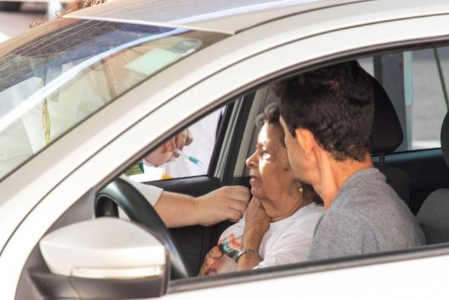 Toledo imuniza sua população contra a Influenza, ação continua nesta sexta-feira na Secretaria da Saúde