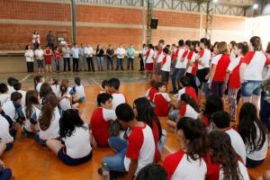Prefeitura de Toledo atende comunidade e escola amélio Dal'Bosco é reformada