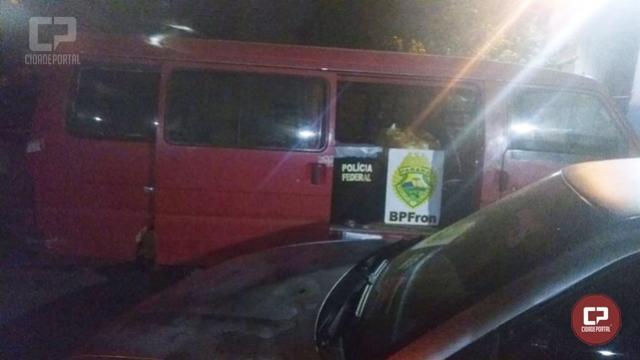 Policiais apreendem veículos e mercadorias contrabandeadas em Foz do Iguaçu