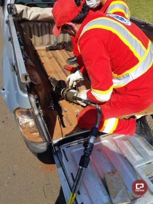 """PRF apreende quase 70 quilos de maconha na carroceria de uma """"pickup"""" em Guarapuava"""