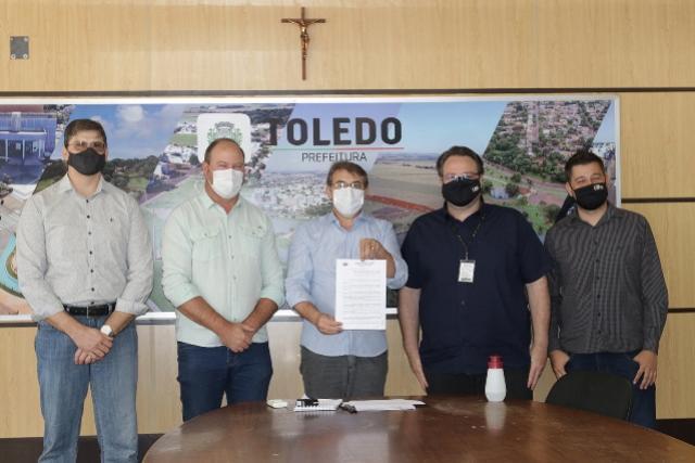 Lei que autoriza doação de terreno do município para a UTFPR é sancionada