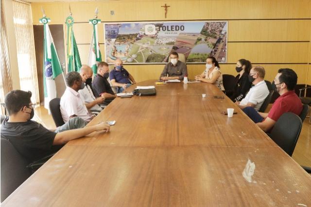 Prefeitura e Toledão firmam parceria para projetos esportivos