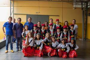 Reforma em Escola Compartilhada é concluída e entregue à comunidade de Toledo