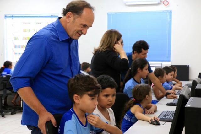 Informática de qualidade é realidade nas escolas de Toledo