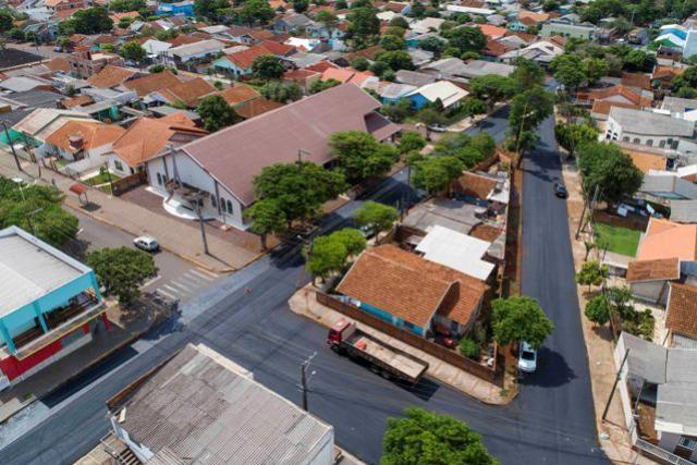 42 Ruas do bairro Boa Esperança ganham recape asfáltico