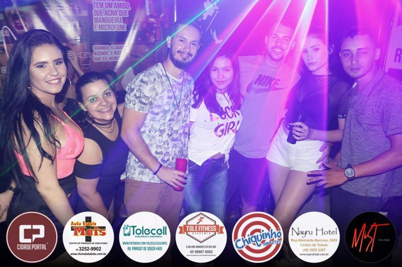 Galeria de fotos desta sexta feira 08 na Mist Lounge