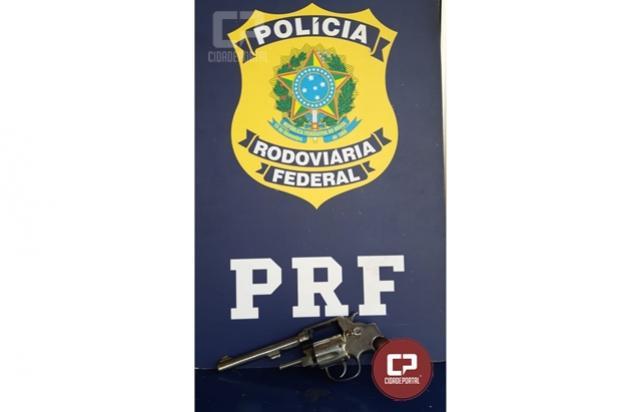 PRF prende homem e apreende revólver e munições em Santa Terezinha de Itaipu