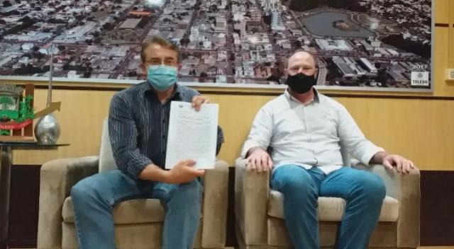 Prefeito de Toledo anuncia e lamenta suspensão da dispensação de Ivermectina