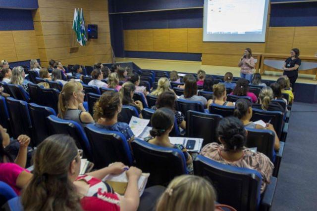 Educação de Toledo apresenta calendário escolar para 2020