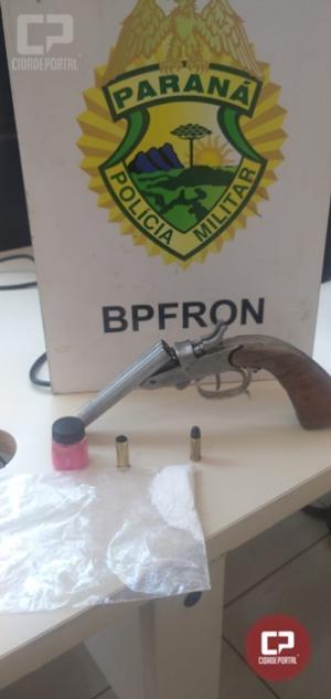 BPFRON apreende arma de fogo, munição e cocaína durante Operação Hórus em Santa Helena