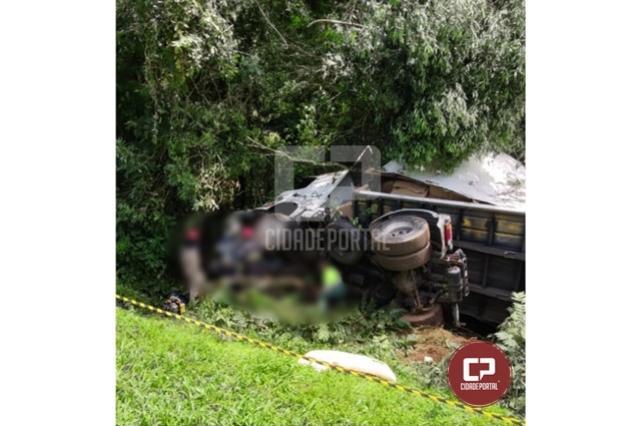 Grave acidente deixa 03 mortos na BR-277 em Laranjeiras do Sul