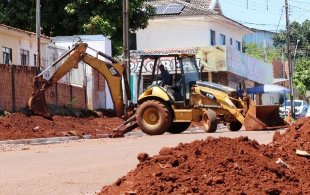 Obras na Rua Carlos Gomes no Jardim Europa avançam