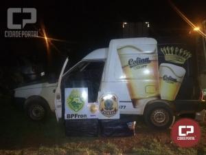 Ação conjunta resulta na apreensão de veículo carregado com cigarros em Pato Branco