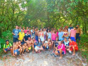 Projeto Florir Toledo encerra atividades de 2018 com viagem para Ilha do Mel