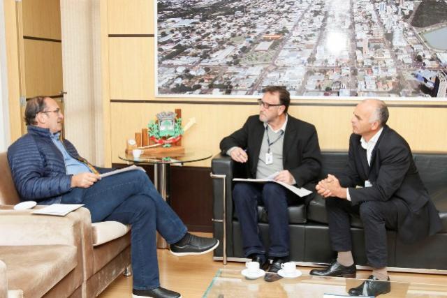 Prefeito de Toledo recebeu convite para o 1º Encontro Estadual de Lideranças
