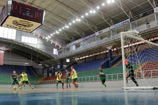 Ginásio de Esportes Alcides Pan recebe melhorias em Toledo