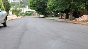Vila Boa Esperança de Toledo recebe pavimentação asfáltica em vias importantes