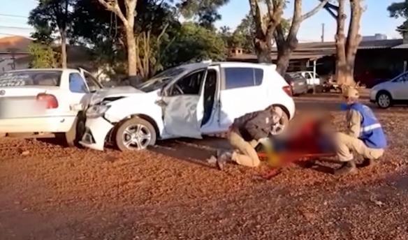 Acidente envolvendo cinco veículos deixa duas vítimas feridas