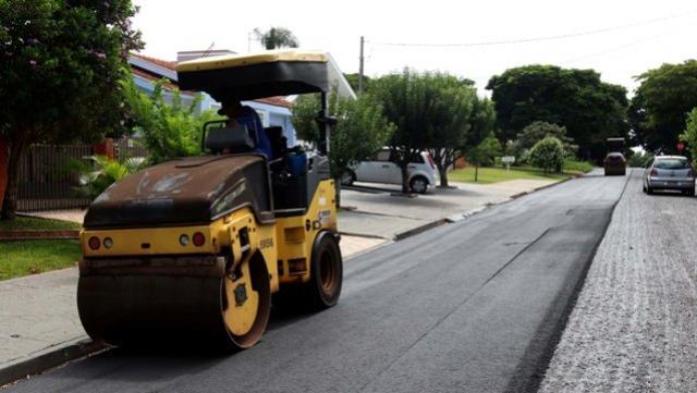 Recapeamento em ruas do Jardim Porto Alegre teve início nesta terça-feira, 21 em Toledo