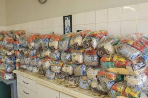 Educação fará distribuição de kits de alimentos a alunos de escolas e Cmeis de Toledo