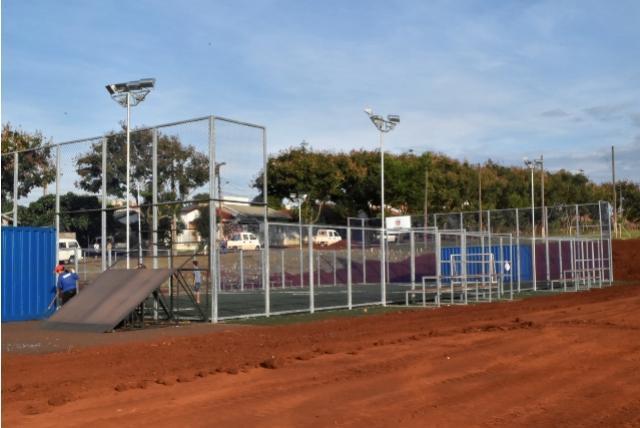 Tem arena no meu bairro: Vila Pioneiro vai ganhar arena multiuso para prática de esportes em Toledo