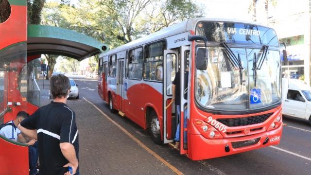 Transporte coletivo: empresa amplia número de ônibus em horários de picos em Toledo