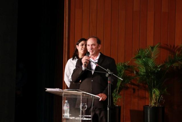 Em Toledo, Congresso Nacional e I congresso internacional debate o futuro Mercado de Suínos