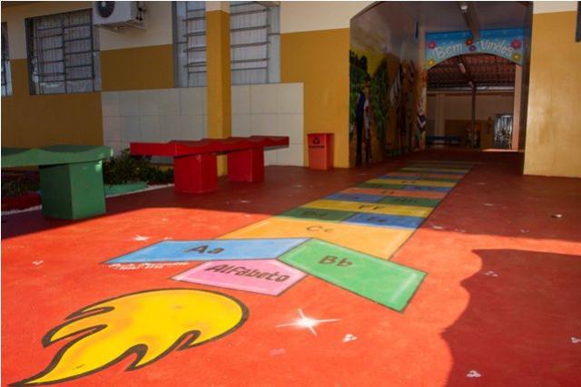 Após ser revitalizada Escola de São Luiz ganha Pinturas Pedagógicas