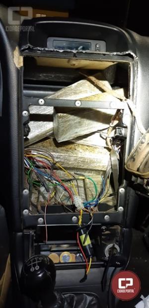 PRF prende duas pessoas e apreende 90 quilos de maconha em Mercedes