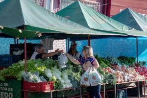 Cozinha Social credencia produtores para a compra de alimentos em Toledo