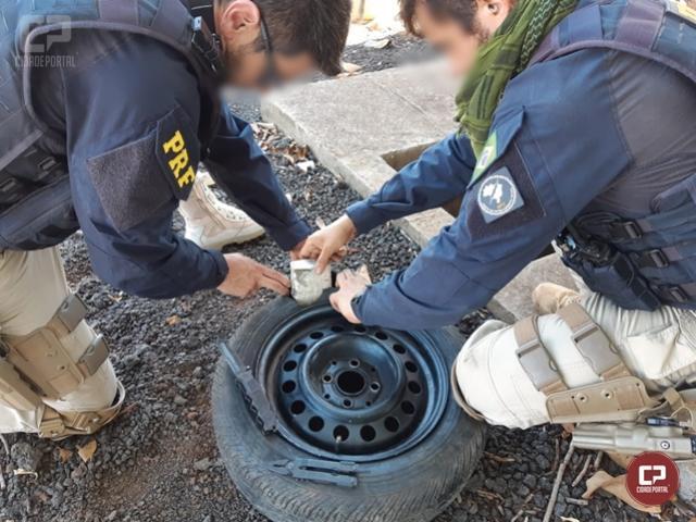 PRF apreende veículo carregado com 63 tabletes de maconha em Santa Terezinha de Itaipu