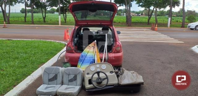 PRE de Santa Helena apreende veículo carregado com produtos furtados em Diamante do Oeste