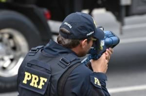 PRF flagra um motorista bêbado a cada 44 minutos no feriado de Natal no Paraná