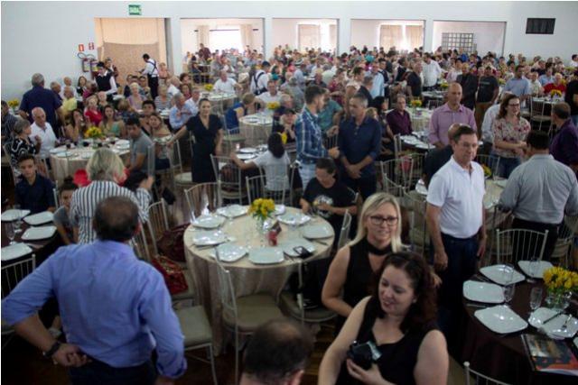 Mais de 800 pessoas participaram do 32º Encontro dos Pioneiros em Toledo