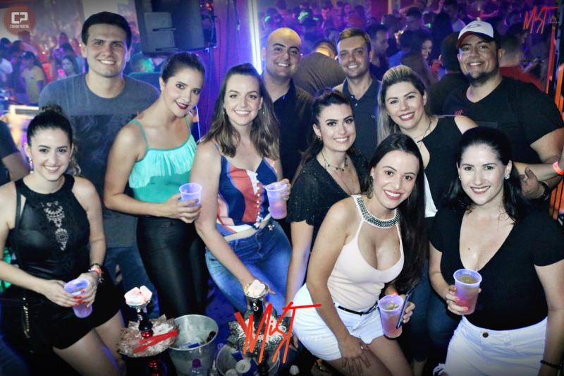 Fotos de Sábado 26 na Mist Lounge - Grupo Cativa Samba
