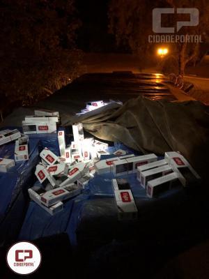 Policiais apreende caminhão carregado com cigarros contrabandeados em Marechal Cândido Rondon