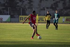 FC Cascavel enfrenta Athletico Paranaense em casa pelo segundo jogo da semifinal do Estadual
