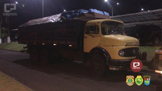 Homem é preso com caminhão carregado de cigarros em Diamante do Oeste no âmbito da Operação Hórus