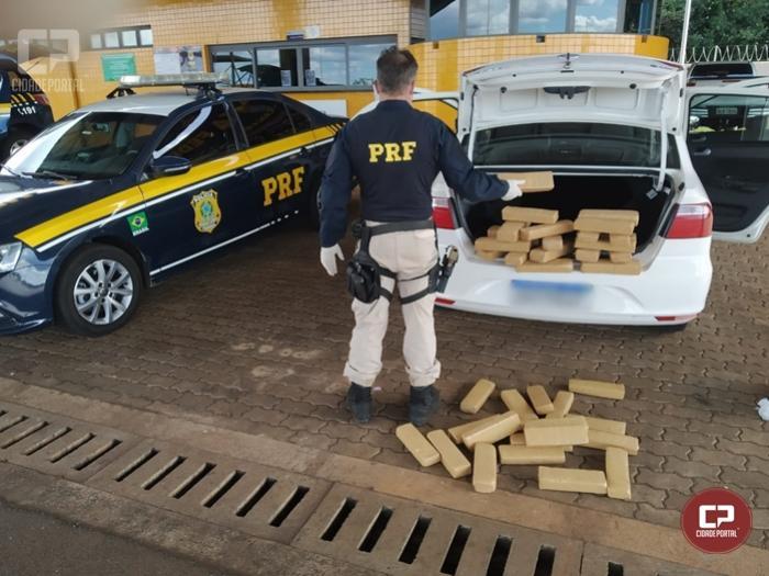 PRF apreende 29 Kg de maconha na BR-277 em Cascavel