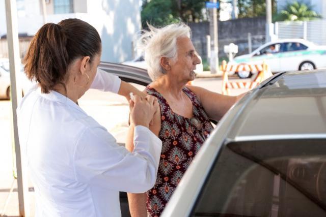Saúde de Toledo realizará terceira etapa da vacinação contra a influenza para os idosos