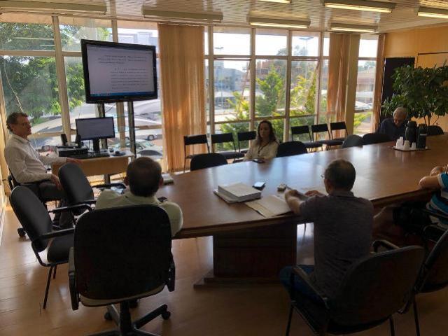 Comissão administrativa apresentou o relatório final da comissão ao prefeito Lucio de Marchi