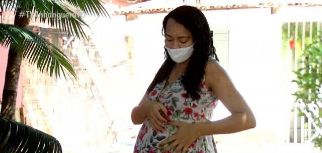 """Sem dinheiro, mãe pede ajuda para conseguir cirurgia antes de gêmeos nascerem: """"corrida contra o tempo"""""""