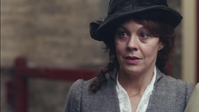 "Helen McCrory, atriz de ""Peaky Blinders"" e ""Harry Potter"", morre aos 52 anos"