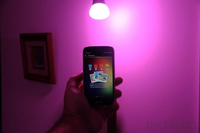 Vale a pena comprar uma lâmpada inteligente? Veja prós e contras