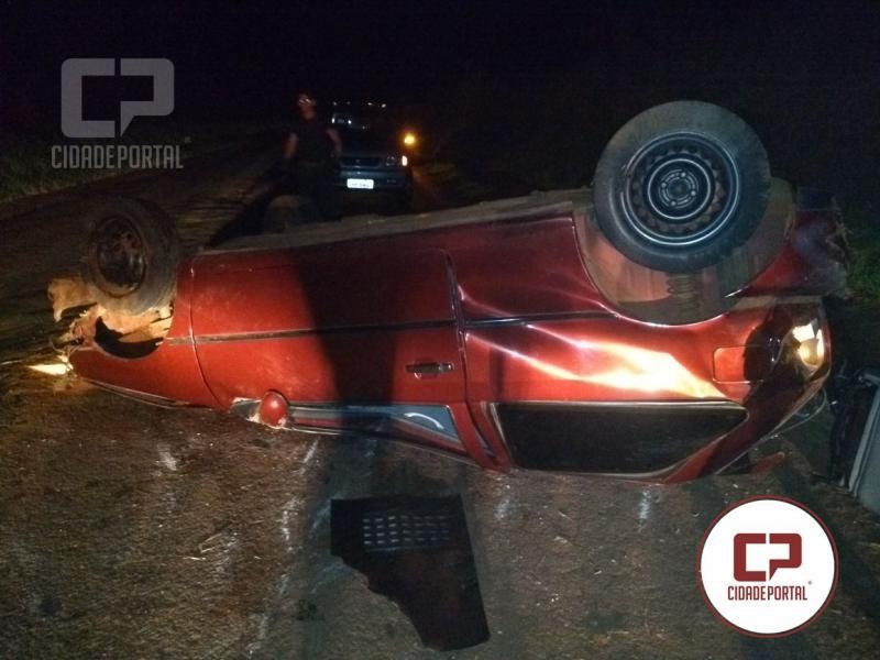 Morador de Primavera fica ferido após capotamento do veículo na madrugada de domingo, 18