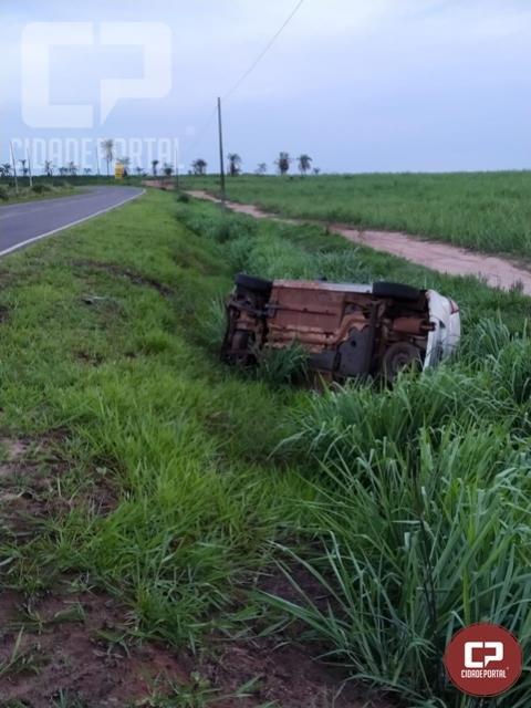 Acidente deixa dois feridos na rodovia PR 468 em Umuarama