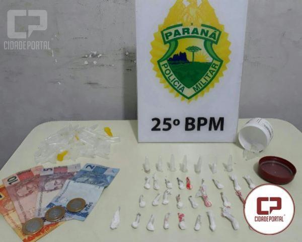ROCAM encaminha maior e menor de idade por tráfico de entorpecentes em Umuarama