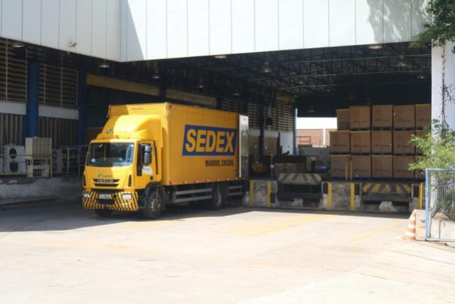 Correios entregam metade das encomendas durante greve dos caminhoneiros