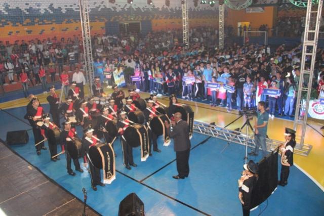 Show de luzes e apresentações culturais marcam abertura da fase regional dos JEPS em Rancho Alegre do Oeste