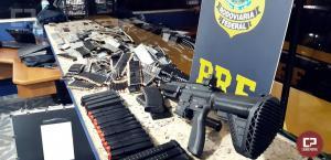 PRF de Ubiratã apreende fuzil, 16 pistolas e 5,7 mil munições no Paraná